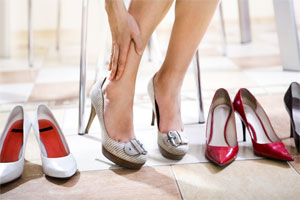 7 signs you are wearing the wrong shoes.